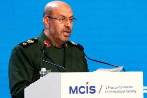 Iran tests missiles in naval exercises
